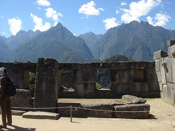 3 ablakos szentély